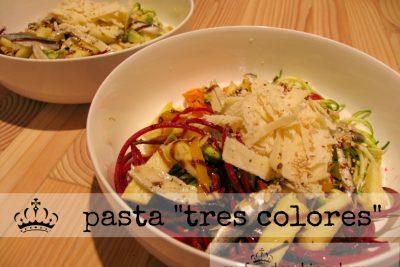 """pasta """"tres colores"""""""