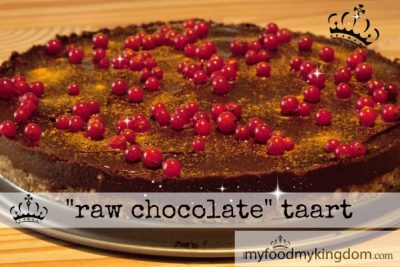 """raw chocolate"" taart"