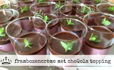 Frambozencrème met choQola topping