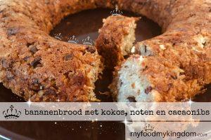 blog bananenbrood met kokos, noten en cacao nibs